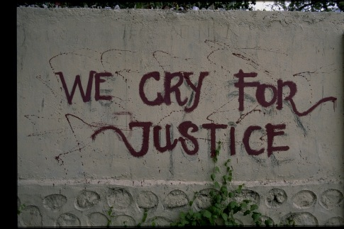 Graffiti - we cry for justice