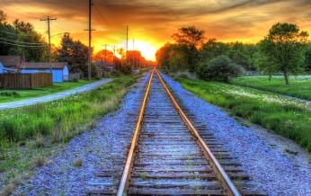 Tracks Going Into Sunset (Pixabay)