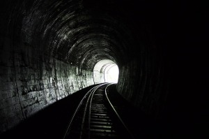 tunnel with tracks (Pixabay)