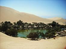 Oasis_Huacachina (Wikimedia)