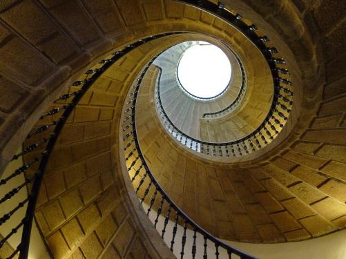 spiral stair (Pixabay)