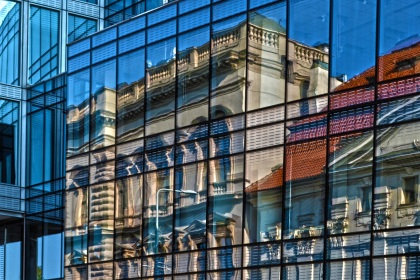 old-building-reflected-in-the-new-pixabay