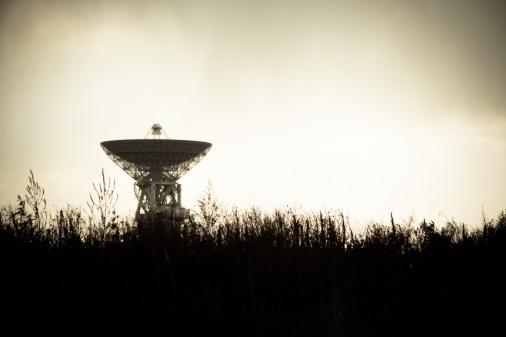 satellite-dish-unsplash